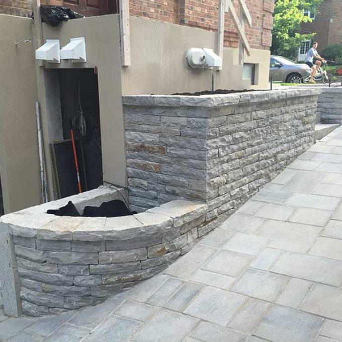 Muret en pavé-uni
